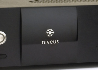 Niveus EDGE Media Center Extender Does 1080p, is Whisper Quiet, But No Wireless N