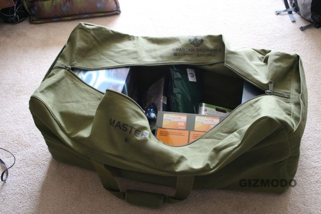 Halo 3 Xbox 360 Swag Bag is Incredible (Unbagging Shots and Video)