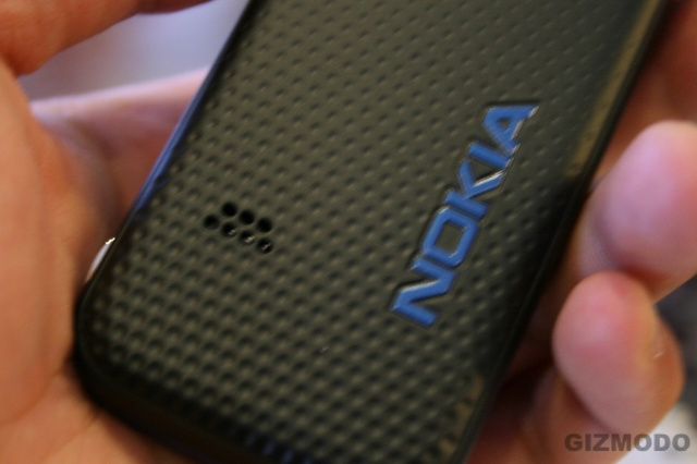 Hands On the Nokia XpressMusic 5310/5610 Cellphone (Verdict: Tight Design)