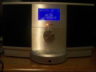 Accurian Tabletop HD Radio Unboxing and Grope