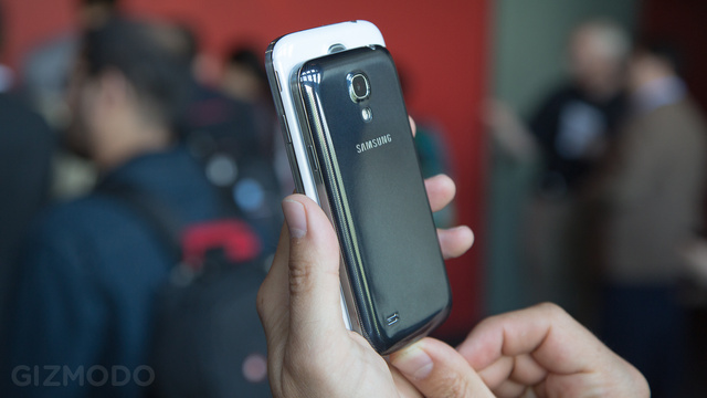 Samsung Galaxy S4 Mini and S4 Zoom Hands On: Funky Alternatives