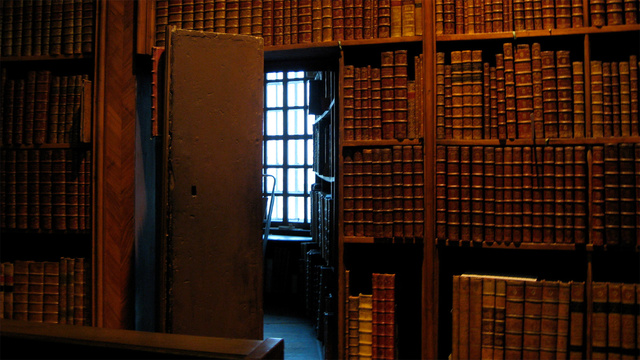 20 Secret Passageways and Hidden Rooms Hiding in Plain Sight