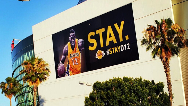 The Lakers Are Really Going All Out To Keep Dwight Howard