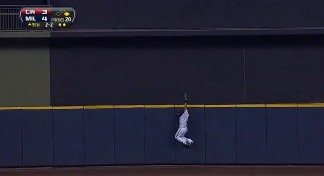 Carlos Gomez Steals Go-Ahead Home Run On Leaping Catch For Fina…