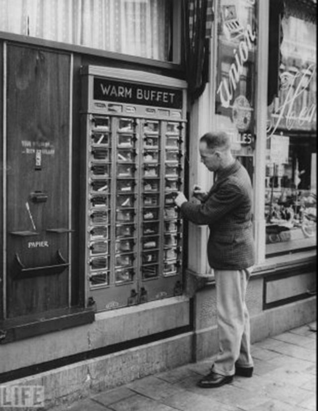 9 Vintage Vending Machines From A Time When You Could Sell ...