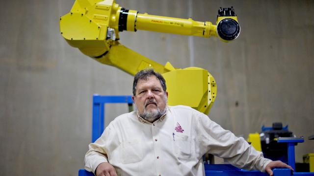 18 Gorgeous Images of Job-Stealing Factory Robots