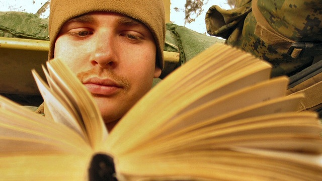 systematically skim books to learn better lifehacker