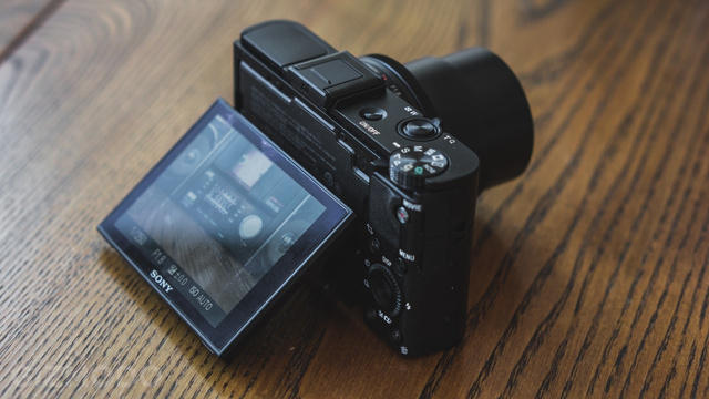 Sony RX100 II Review: The Best Compact Camera Gets a Little Bit Better