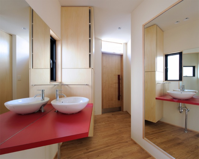 Cramped Or Not, I Want To Live in These Tiny Japanese Houses