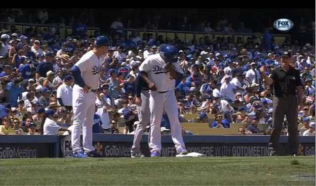 Juan Uribe Fell For The Hidden-Ball Trick