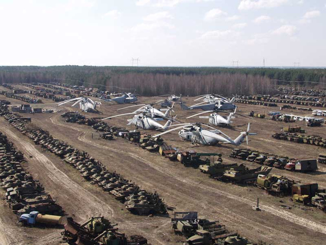 These Abandoned Tanks Are Rusting Mementoes Of The Wars Of The