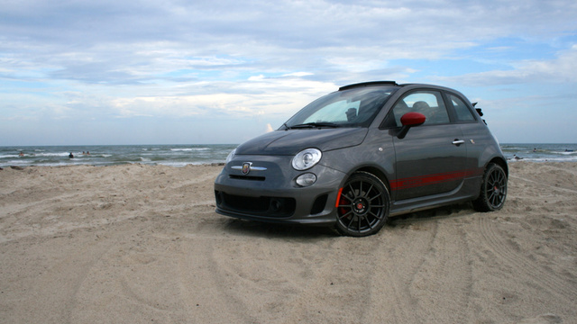 2013 fiat 500 abarth cabrio the jalopnik review. Black Bedroom Furniture Sets. Home Design Ideas