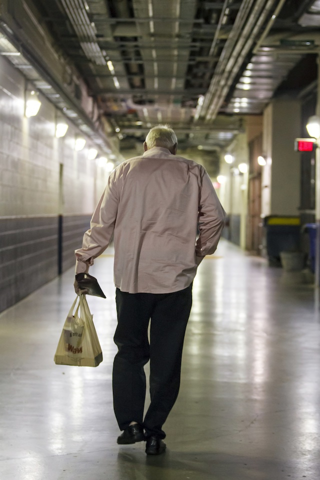 Charlie Manuel Takes His Shorti Hoagie And Walks Off Into The S…