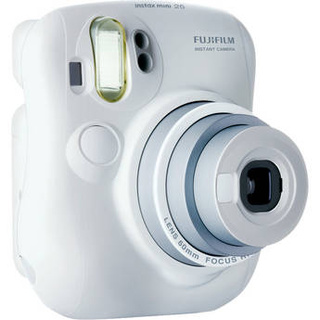 FujiFilm Instax Mini 90 Brings Retro Flare to Instant Film Cameras