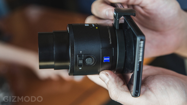 Sony QX100: A Fancy, Freaky Lens-Camera That Feeds Off Your Smartphone