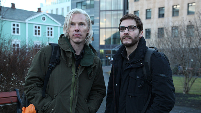 The Fifth Estate Review: More