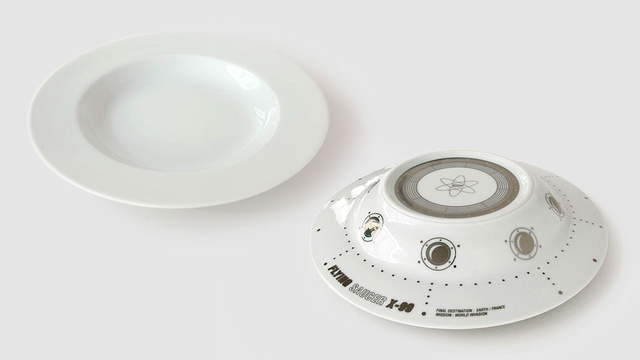 What Kid Wouldn't Love Dinner Served In a UFO Bowl?