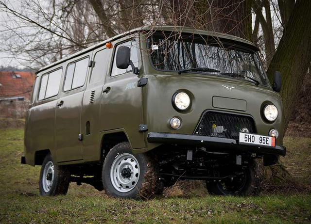 UAZ Racing 4x4. . Trainers, Cracks, Patcth, and Game Tools, game Magaz Ext
