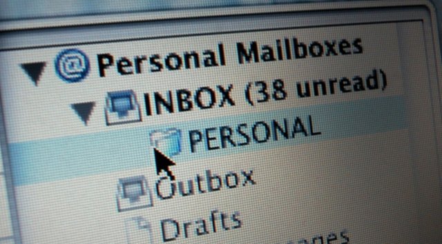"""Process Your Inbox Faster by Saying """"Next"""" Repeatedly to Yourself"""