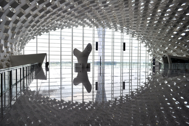 An Ultra-Modern Airport In Shenzhen Makes Flying Feel Futuristic
