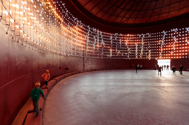 1,250 LEDs Shimmer On the Surface of This Abandoned Oil Tank