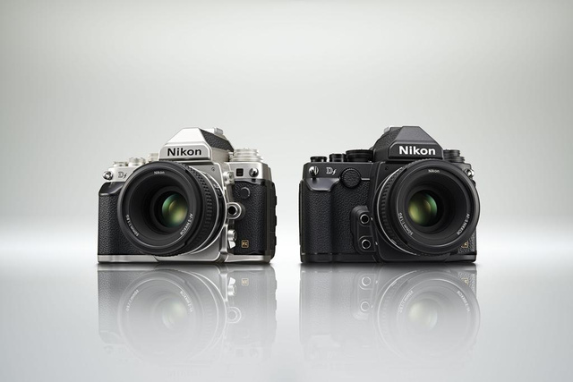 Nikon Df: A DSLR Monster With a Slimmed Down, Old-School Streak