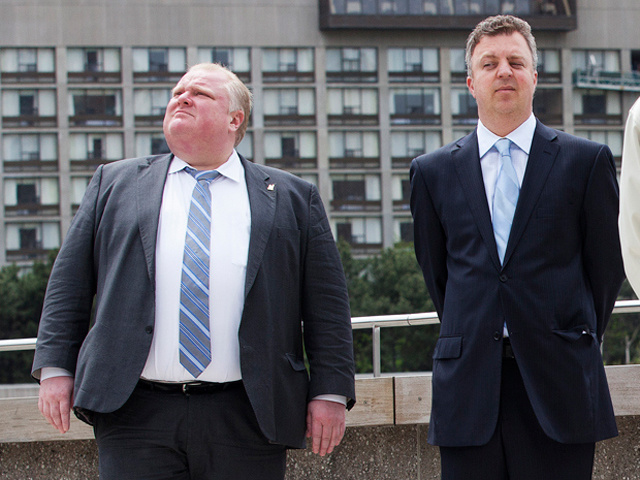 39 Breathtaking Photos of North America's Most Photogenic Mayor