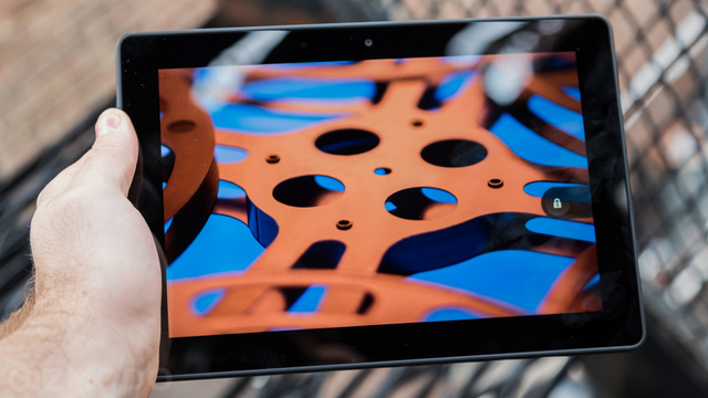 Kindle Fire HDX 8.9 Review: Bigger Is Still Beautiful