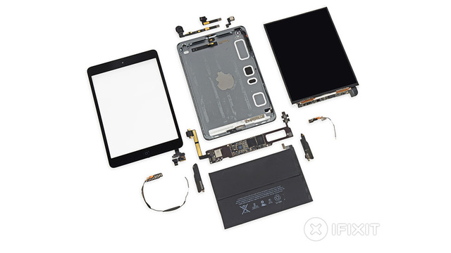 iPad Mini With Retina Display Spills Its Glorious High-Resolution Guts