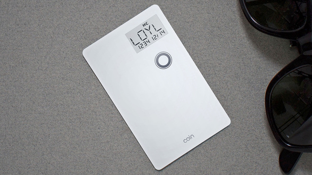 This Single Card Wants To Replace Your Entire Wallet Full of Plastic