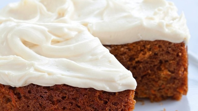 Bake a Carrot Cake in a Slow Cooker
