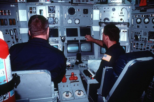"The Super-Secret ""Research"" Sub That Helped Win the Cold War"