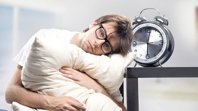 Why You Shouldn't Be Relying on Your Alarm Clock to Wake Up