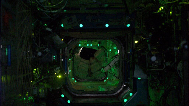 The International Space Station looks so cool when astronauts sleep