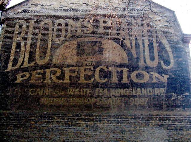 12 Ghostly, Fading Ads For Long-Forgotten Brands