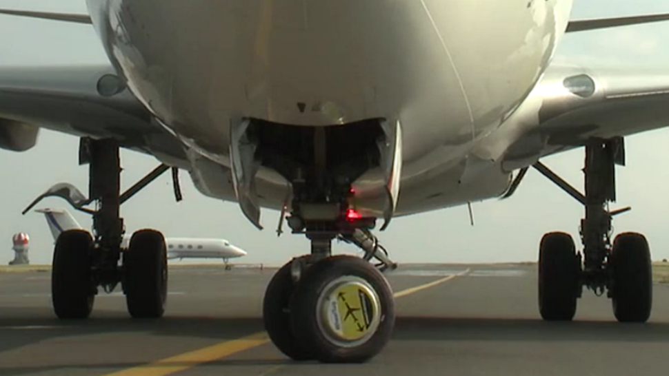Monster Machines: These Little Electric Wheels Will Save Airlines Big Bucks