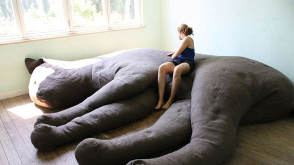 GIANT CAT SHAPED COUCH! GIANT CAT SHAPED COUCH!