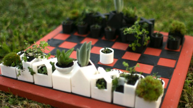 Play Chess And Plant Herbs on This Bauhaus-Inspired Game Board