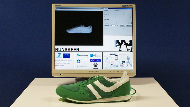 Avoid Injuries With Smart Sneakers That Tell You How To Run Properly