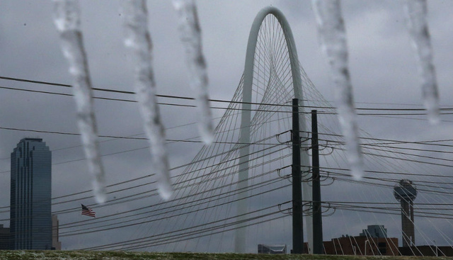 Major Ice Storm Hits Texas