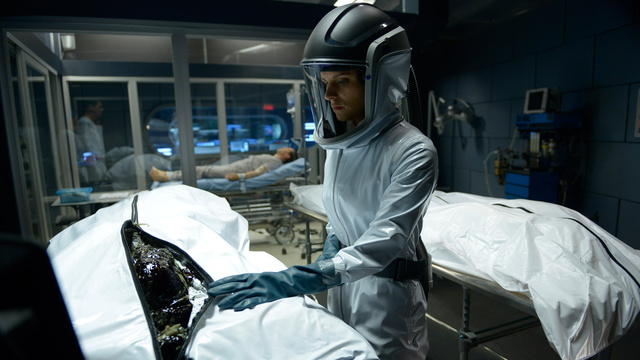 First Impressions: <em>Helix</em> is Syfy's best new show in years