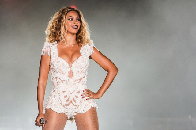 "Download Beyoncé's New ""Visual Album"" (It's Called <i>BEYONCÉ</i>, Obviously)"
