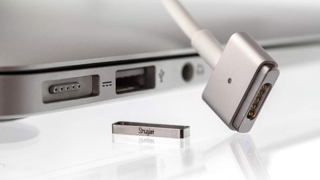 A Simple Metal Ring Keeps Your MagSafe In Line