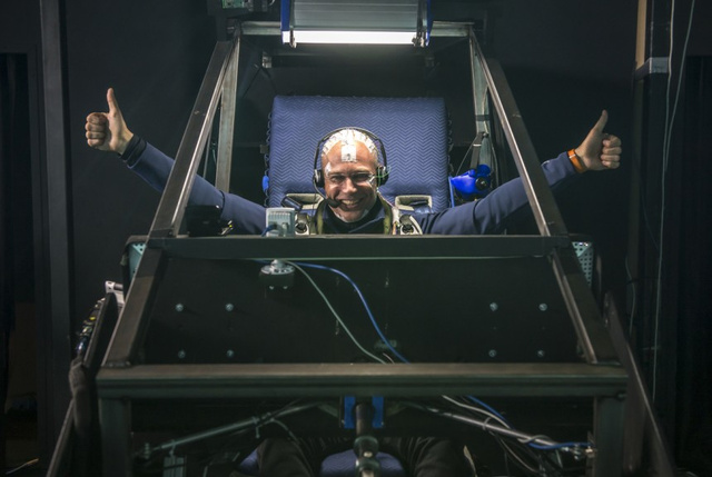 How to Survive an Uninterrupted 72-Hour-Long Flight Simulation