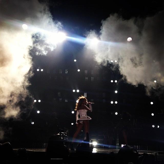 Inside Beyoncé's Beyhive, an Uneasy Peace with the Rihanna Navy