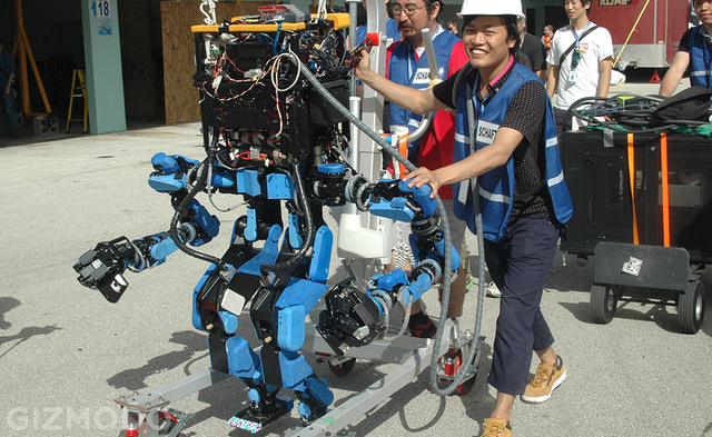 Team SCHAFT Sticks It to Competition, Wins DARPA Robotics Challenge