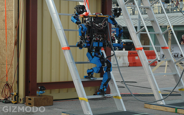 Google's Newly Acquired SCHAFT Robot Walks Away A Winner