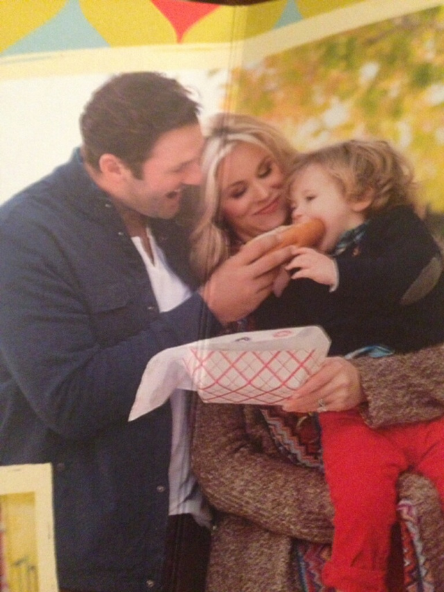 Tony Romo's Christmas Card Allows For Endless Cheap Jokes
