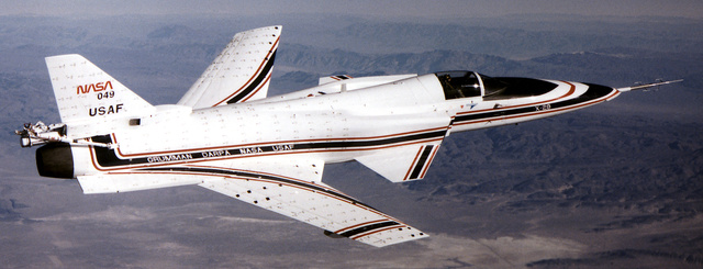 This Wacky Forward Wing Jet Flew Faster Than the Speed of Sound