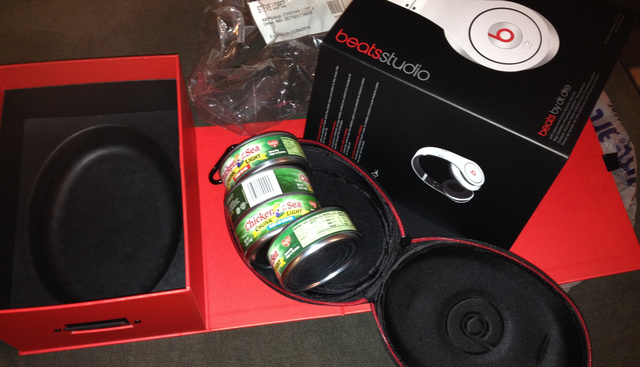 Family Opens Beats Headphones on Christmas, Finds Tuna Instead